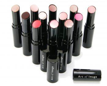Een flatterende kleur lippenstift kiezen